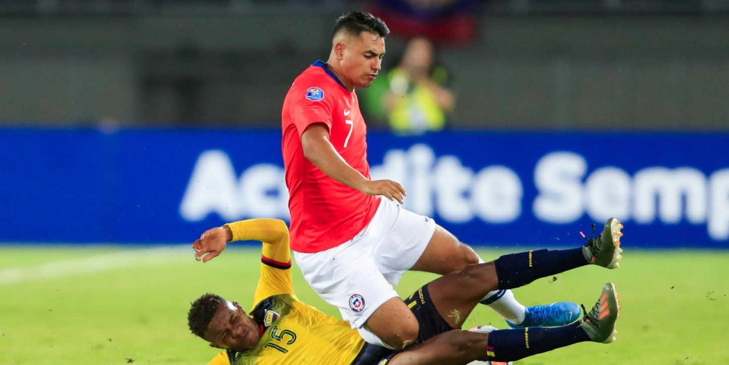 Chile festejó en su debut