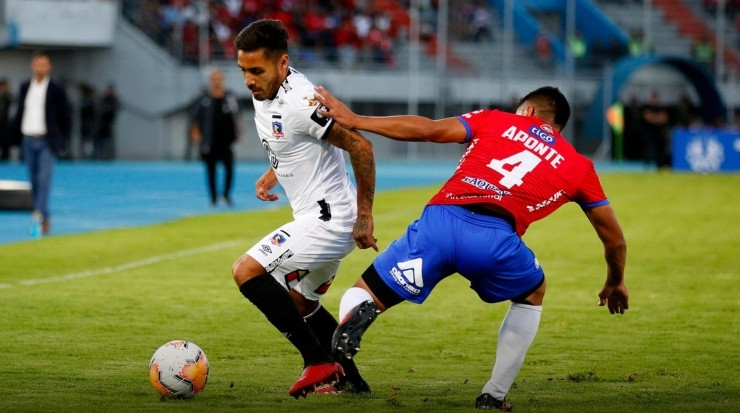 Marcos Bolados ante Jorge Wilstermann